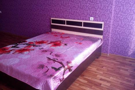 Сдается 1-комнатная квартира посуточно в Саратове, ул. Кутякова, 110/116.