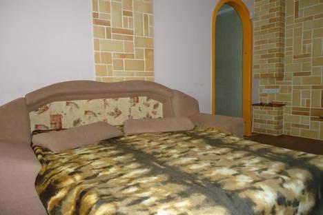 Сдается 2-комнатная квартира посуточно в Кургане, Савельева 52.