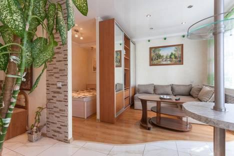 Сдается 1-комнатная квартира посуточно в Калининграде, ул. Ленинский пр., 117.