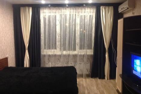 Сдается 1-комнатная квартира посуточно в Нижнем Новгороде, ул. Волжская Набережная, 23.