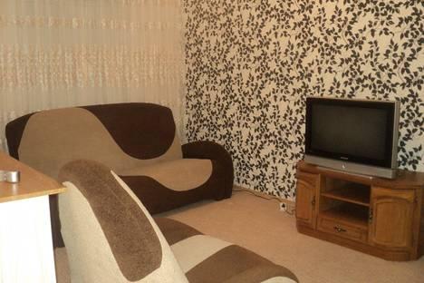 Сдается 2-комнатная квартира посуточно в Сарапуле, ул.Фрунзе,23.