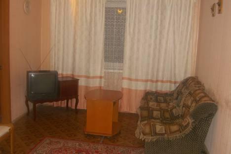 Сдается 2-комнатная квартира посуточнов Южно-Сахалинске, Коммунистический пр 15.