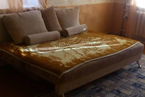 Сдается 2-комнатная квартира посуточно в Нижнем Тагиле, Ленина 62.