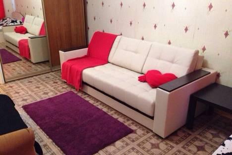 Сдается 1-комнатная квартира посуточно в Чебоксарах, Московский проспект, 21к2.