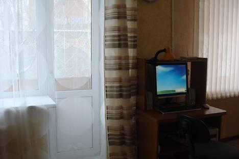 Сдается 1-комнатная квартира посуточнов Екатеринбурге, ул. Грибоедова, д.10.
