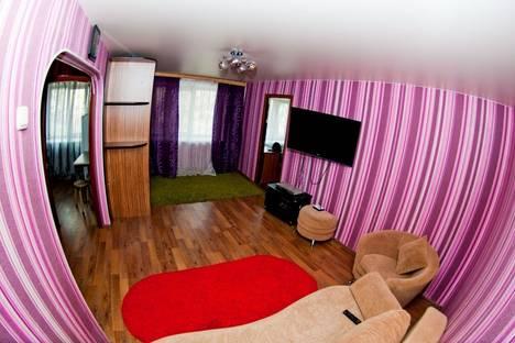 Сдается 2-комнатная квартира посуточно в Хабаровске, ул. Первомайская 27.
