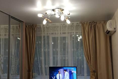Сдается 1-комнатная квартира посуточнов Ульяновске, Робьеспера 120.