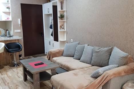 Сдается 3-комнатная квартира посуточно, проспект Акакия Церетели.