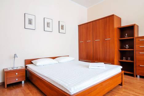 Сдается 1-комнатная квартира посуточно в Минске, ул янки купалы 11.