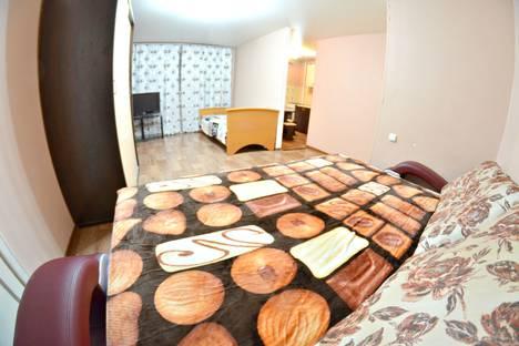 Сдается 2-комнатная квартира посуточно в Кемерове, улица Дзержинского, 18А.