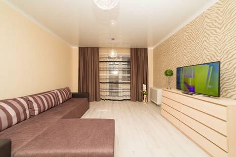 Сдается 2-комнатная квартира посуточно в Челябинске, улица 40-летия Победы, 52.