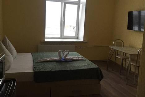 Сдается 1-комнатная квартира посуточно в Ижевске, улица Гагарина, 27.