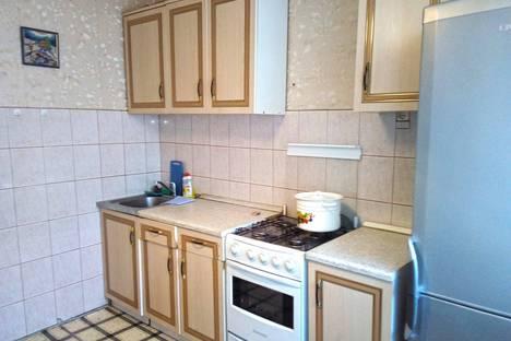 Сдается 3-комнатная квартира посуточно в Новотроицке, проспект Металлургов, 8.