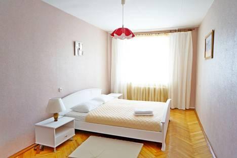 Сдается 2-комнатная квартира посуточно в Минске, проспект Победителей 3.