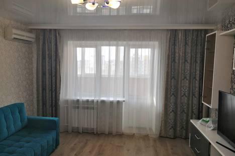 Сдается 1-комнатная квартира посуточно в Тюмени, улица Николая Федорова 17/1.