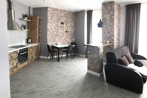 Сдается 2-комнатная квартира посуточно во Владивостоке, ул,Крыгина,д,94.