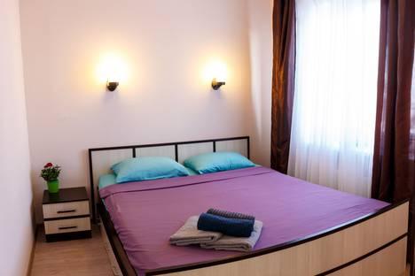 Сдается 2-комнатная квартира посуточно, улица Чапаева, 44.