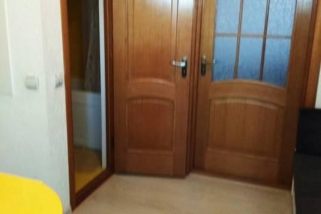 Сдается 1-комнатная квартира посуточно в Евпатории, ул Кирова 30.