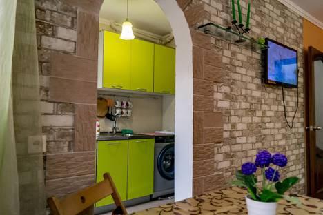 Сдается 2-комнатная квартира посуточно в Железноводске, ул. Ленина 5е.