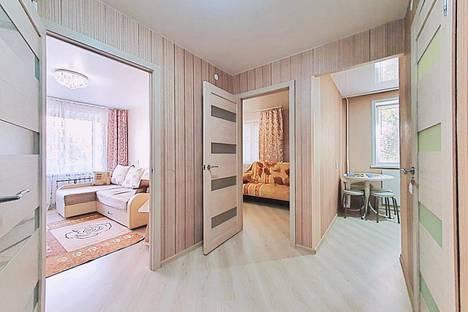 Сдается 2-комнатная квартира посуточно в Воронеже, Никитинская улица, 35.