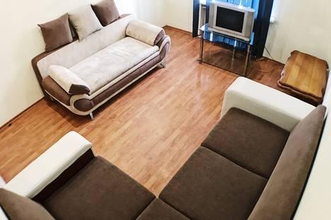 Сдается 3-комнатная квартира посуточно в Омске, улица Герцена, 42.