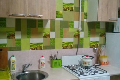 Сдается 1-комнатная квартира посуточно в Мариуполе, Маріуполь, проспект Металургів, 123.