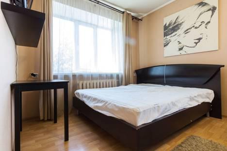 Сдается 1-комнатная квартира посуточно в Омске, Карла Маркса проспект, 26.