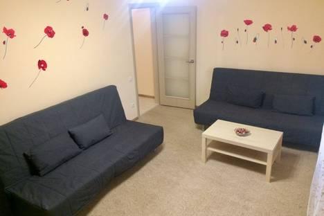 Сдается 2-комнатная квартира посуточно в Казани, улица Четаева 14а.