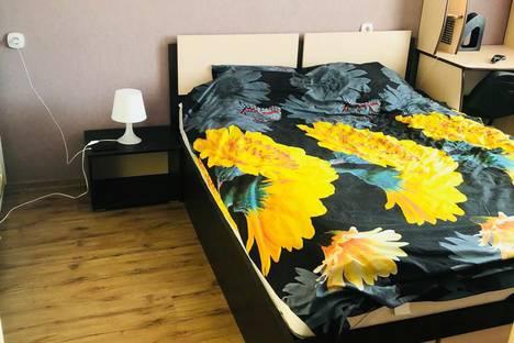 Сдается 2-комнатная квартира посуточно в Ульяновске, бульвар Архитекторов 9.