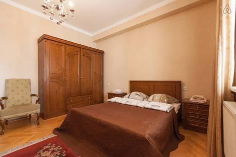 Сдается 3-комнатная квартира посуточно в Тбилиси, T'bilisi, Taras Shevchenko Street, 5.