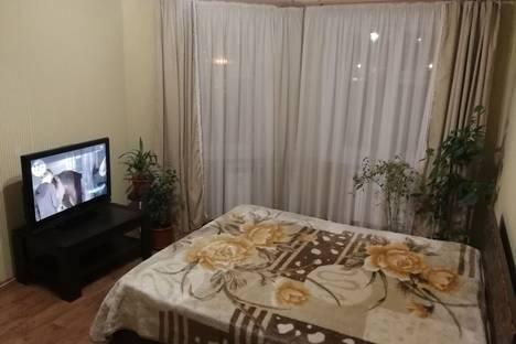 Сдается 1-комнатная квартира посуточно, улица Героев Самотлора, 22.