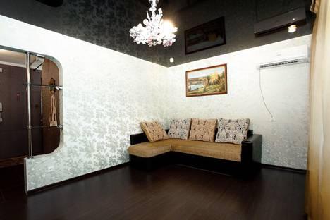 Сдается 1-комнатная квартира посуточно в Киришах, улица Энергетиков, 6.