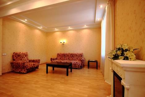 Сдается 2-комнатная квартира посуточно во Владимире, Дворянская улица 5.