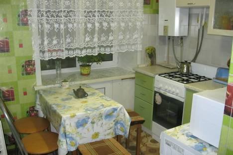 Сдается 2-комнатная квартира посуточно в Великом Устюге, улица Виноградова, 68.