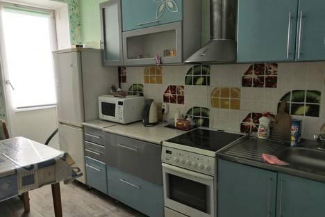 Сдается 1-комнатная квартира посуточно в Ноябрьске, улица Энтузиастов 5б.