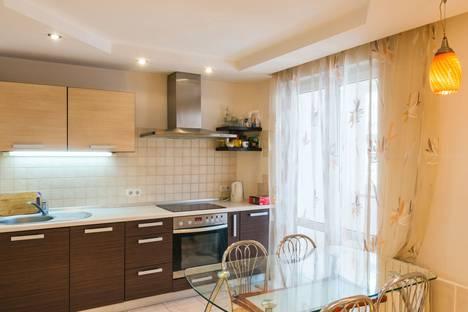 Сдается 3-комнатная квартира посуточно в Минске, ул. Великоморская 12, кв. 163.