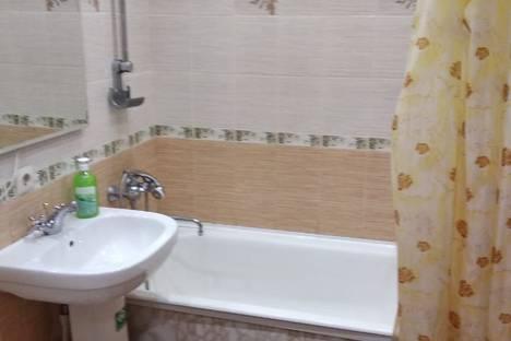 Сдается 2-комнатная квартира посуточно в Хабаровске, улица Ким Ю Чена, 16.