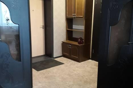 Сдается 1-комнатная квартира посуточно в Саранске, Веселовского 42 корпус 1.