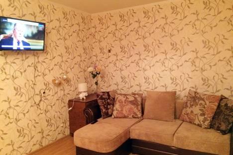 Сдается 2-комнатная квартира посуточно в Пскове, Коммунальная улица, 12.