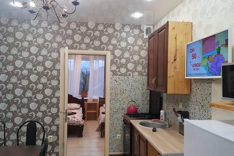 Сдается 1-комнатная квартира посуточно, 2-й Зои Космодемьянской переулок, 25.