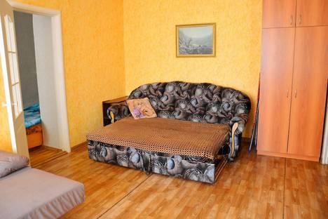 Сдается 2-комнатная квартира посуточно в Саранске, Пролетарская улица, 44.