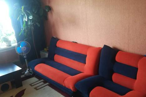 Сдается 3-комнатная квартира посуточно в Белокурихе, улица Братьев Ждановых, 65.