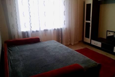 Сдается 1-комнатная квартира посуточно в Луцке, Луцьк, вулиця Дмитра Іващенка.
