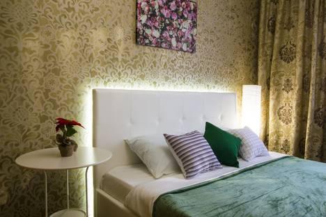 Сдается 2-комнатная квартира посуточно в Омске, улица Красный Путь, 65.
