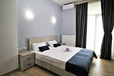Сдается 4-комнатная квартира посуточно, Tbilisi, 68 Ketevan Tsamebuli Avenue.