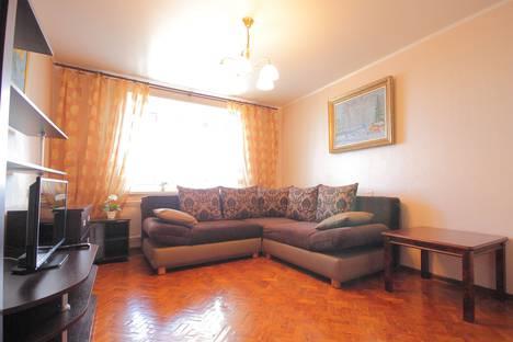 Сдается 2-комнатная квартира посуточно во Владимире, проспект Ленина, 35А.