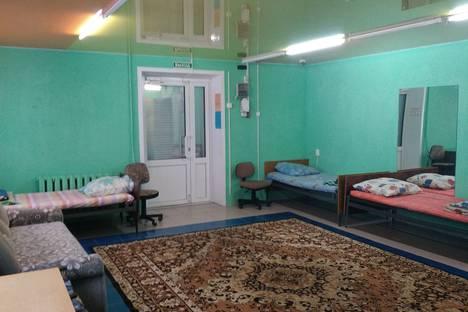Сдается 1-комнатная квартира посуточно в Качканаре, улица Свердлова, 7.