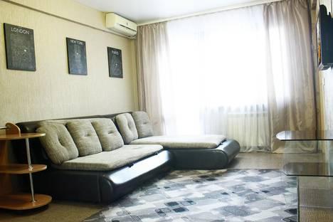 Сдается 4-комнатная квартира посуточно в Бийске, улица Красноармейская, 176.
