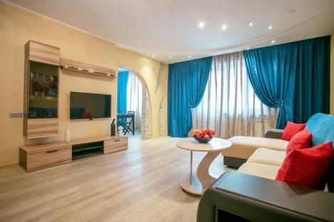Сдается 3-комнатная квартира посуточно в Красноярске, улица Молокова, 66.