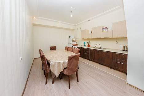 Сдается 4-комнатная квартира посуточно, Астана.